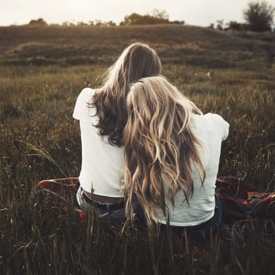 كلام حب لصديقتي