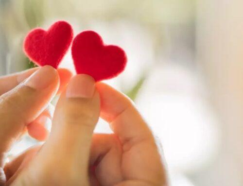 متى عيد الحب مع رسائل تهنئة رومانسية