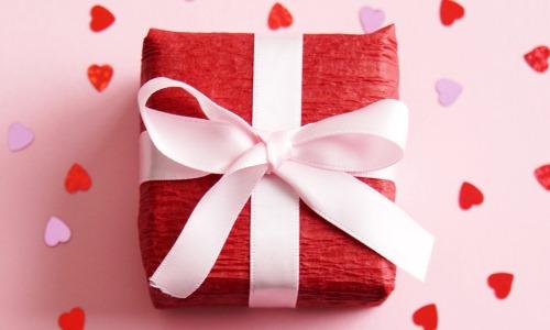 هدايا عيد الحب للرجال
