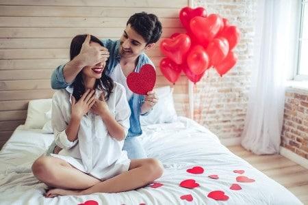 هدايا عيد الحب للنساء اقتراحات هدايا رومانسية جميلة